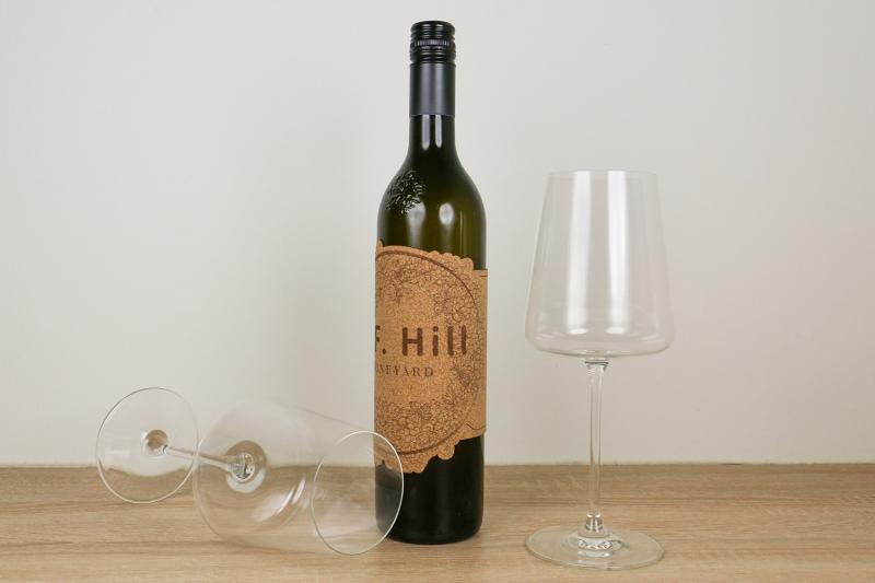 wine label made of engraveable cork
